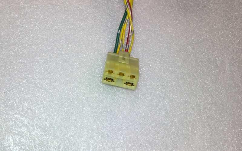 konektor pro regulátor dobíjení HONDA