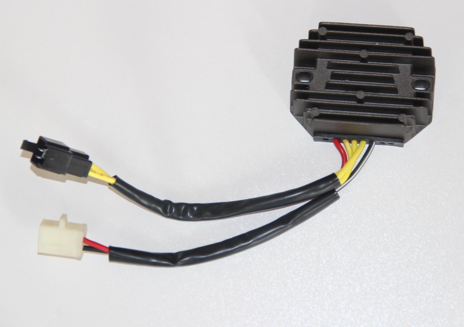 Regulátor dobíjení Suzuki SV 650