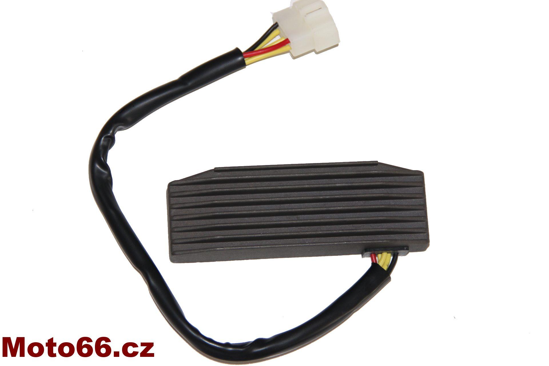 Regulátor dobíjení Suzuki VS 1400 VS 600 VS 800 Intruder